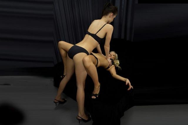 Шикарные телочки показывают свою страсть