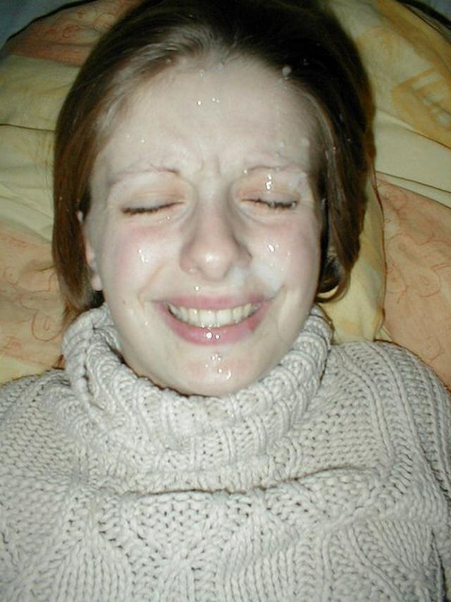 Мордахи девок щедро политые спермой
